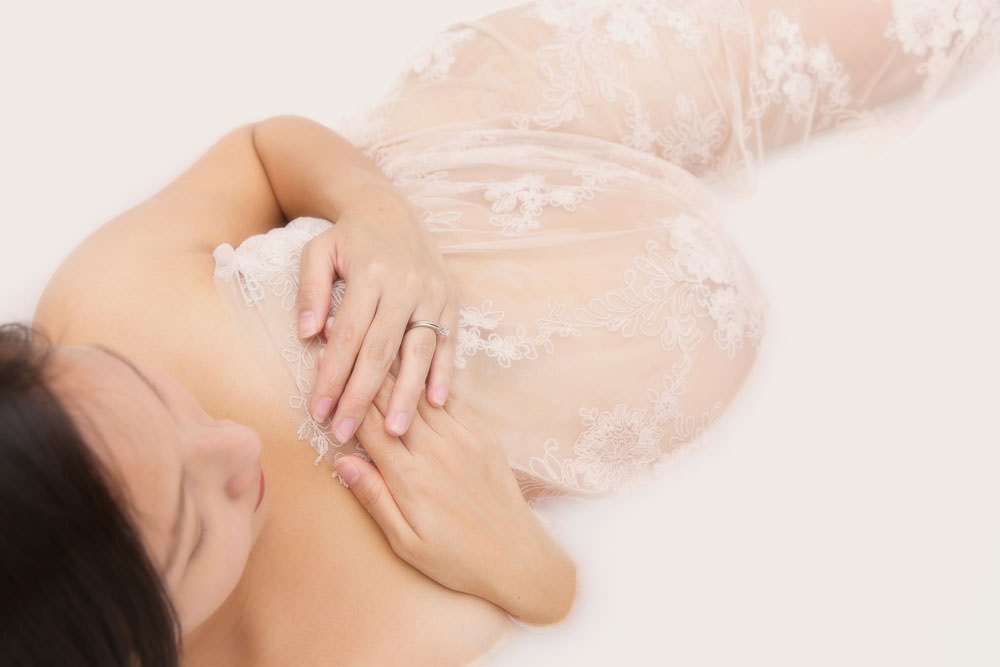 milk-bath-maternity-photography-bambini-04