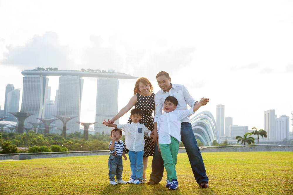 outdoor-family-photoshoot-marina-barrage-003