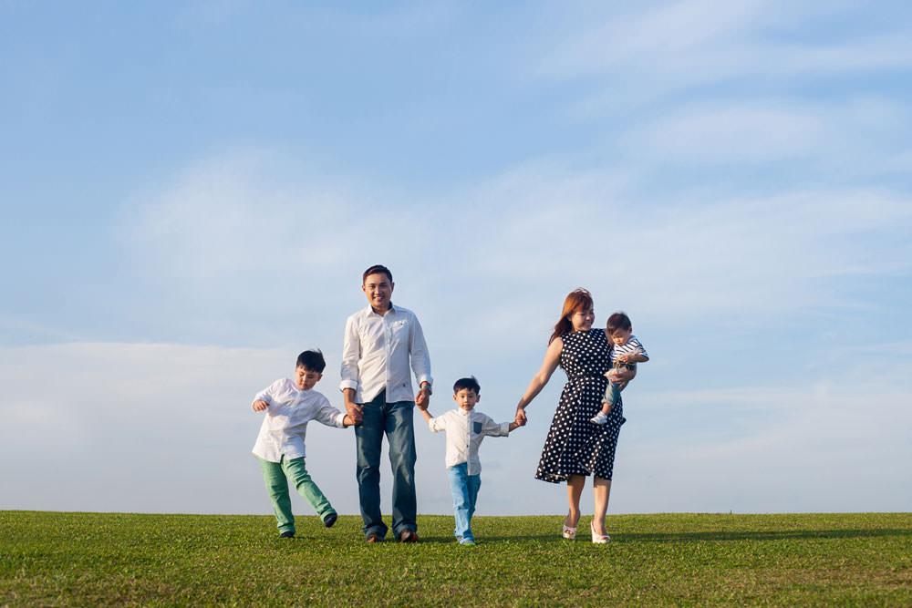 outdoor-family-photoshoot-marina-barrage-004